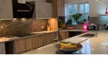 Cutstone Ltd